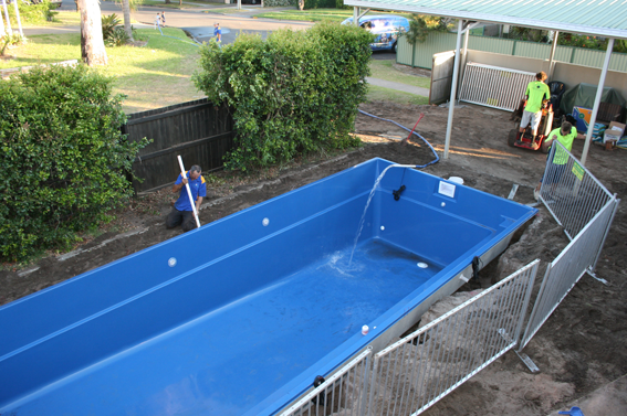 Fiberglass pool blog archives aqua oasis pool spa for Swimming pool installation cost