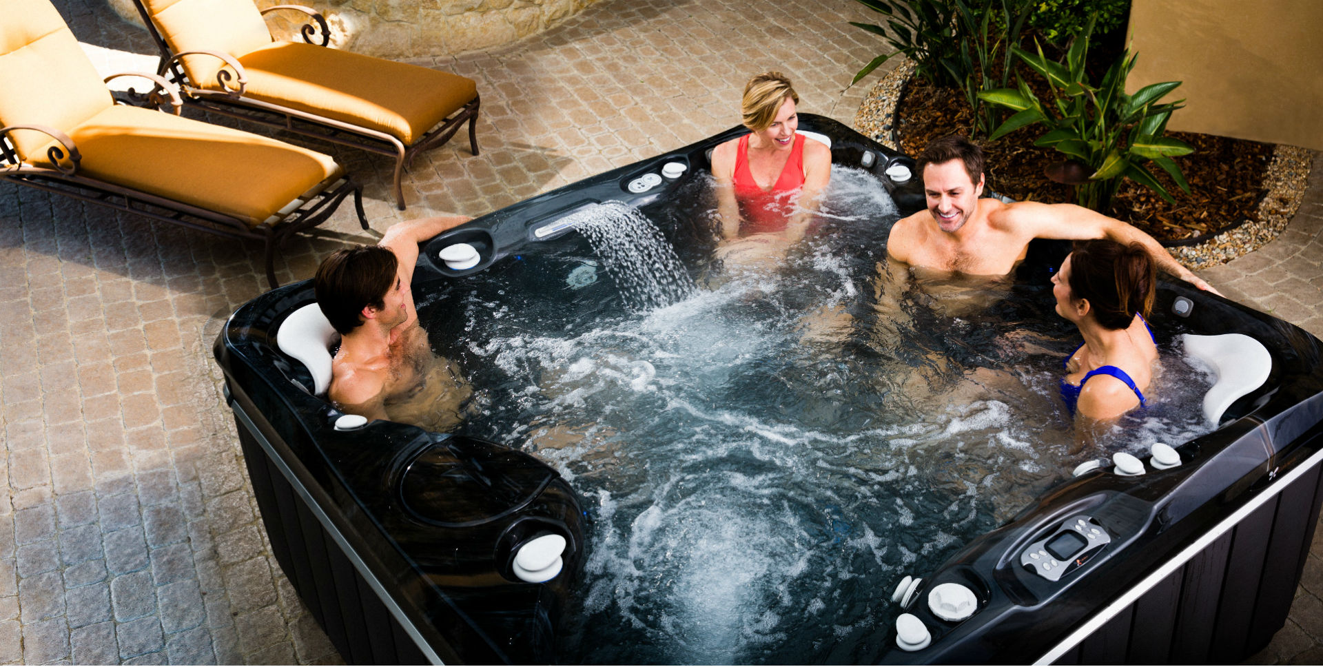 Family fun des moines hot tubs